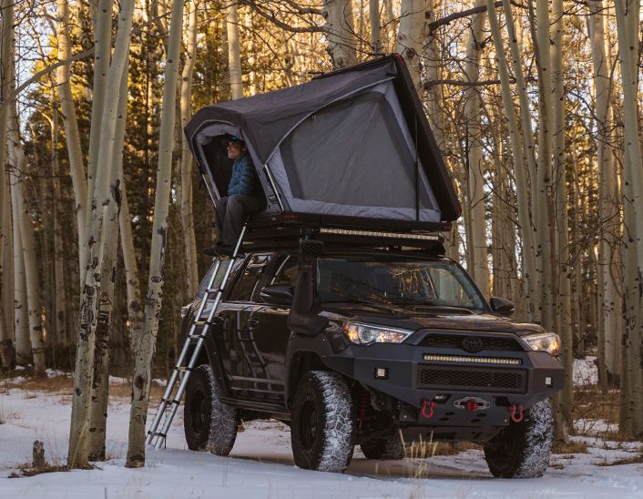 Toyota 4Runner – With Tent